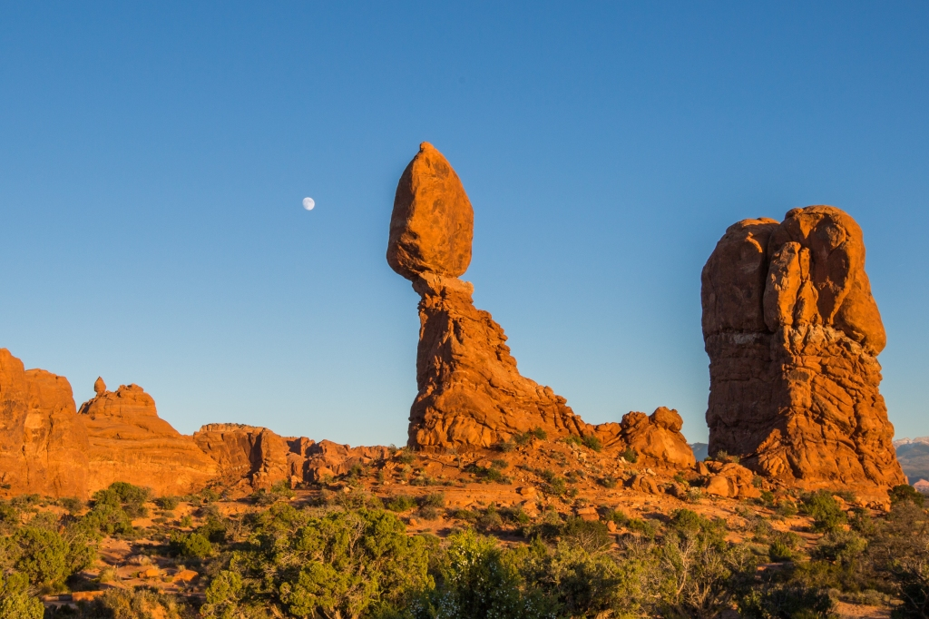 Arches National Park-Balanced Rock